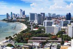 Αστικός ορίζοντας πόλεων, κόλπος Pattaya και παραλία, Ταϊλάνδη Στοκ φωτογραφία με δικαίωμα ελεύθερης χρήσης