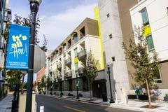 Αστικό τοπίο σε στο κέντρο της πόλης Sunnyvale στοκ φωτογραφίες