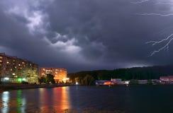 αστραπή πόλεων Στοκ φωτογραφία με δικαίωμα ελεύθερης χρήσης