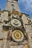 αστρονομικό ρολόι παλαιά πόλη αιθουσών Πράγα cesky τσεχική πόλης όψη δημοκρατιών krumlov μεσαιωνική παλαιά Στοκ εικόνα με δικαίωμα ελεύθερης χρήσης