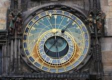 Αστρονομικό ρολόι της Πράγας στην παλαιά πλατεία της πόλης Στοκ Φωτογραφίες