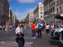 Αστυνομία και αγγλικοί ανεμιστήρες στη Μασσαλία Στοκ Εικόνα
