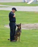αστυνομία σκυλιών ανταγ&om Στοκ φωτογραφία με δικαίωμα ελεύθερης χρήσης