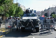 Αστυνομικές δυνάμεις στο κέντρο Βελιγραδι'ου Στοκ Εικόνα