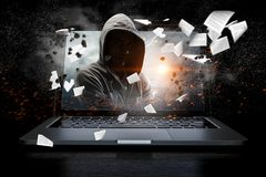 Ασφάλεια δικτύων και έγκλημα υπολογιστών Μικτά μέσα στοκ εικόνα με δικαίωμα ελεύθερης χρήσης