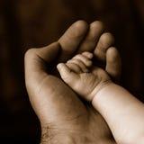 ασφάλεια χεριών στοκ φωτογραφίες με δικαίωμα ελεύθερης χρήσης