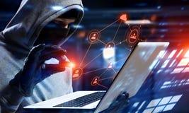 Ασφάλεια δικτύων και έγκλημα μυστικότητας Μικτά μέσα στοκ φωτογραφίες με δικαίωμα ελεύθερης χρήσης