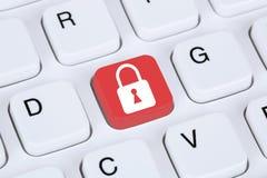 Ασφάλεια υπολογιστών στο εικονίδιο κλειδαριών Διαδικτύου Στοκ εικόνα με δικαίωμα ελεύθερης χρήσης
