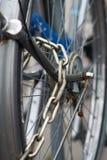 Ασφαλής αλυσίδα για τα ποδήλατα στοκ φωτογραφία με δικαίωμα ελεύθερης χρήσης