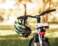 Ασφαλές κράνος ποδηλάτων στοκ φωτογραφία με δικαίωμα ελεύθερης χρήσης