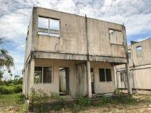 Ατελές σπίτι για την πώληση στην Ταϊλάνδη Στοκ εικόνα με δικαίωμα ελεύθερης χρήσης