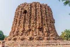 Ατελής μιναρές Alai Minar σε Qutub σύνθετο στο Δελχί, Indi στοκ φωτογραφίες
