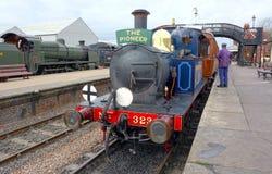 Ατμομηχανή ατμού, κατηγορία Π Σιδηρόδρομος Bluebell Σάσσεξ UK στοκ φωτογραφίες