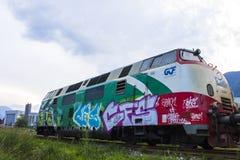Ατμομηχανή με τα γκράφιτι στοκ εικόνες