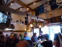 Ατμοσφαιρικό σκι Apres Στοκ φωτογραφία με δικαίωμα ελεύθερης χρήσης