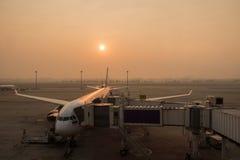 Ατμόσφαιρα πρωινού στον αερολιμένα Στοκ εικόνα με δικαίωμα ελεύθερης χρήσης