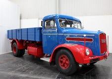 ΑΤΟΜΟ 758 L1 truck από το 1954 Στοκ φωτογραφία με δικαίωμα ελεύθερης χρήσης