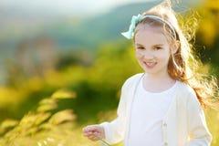 λατρευτό πορτρέτο κοριτ&sig Στοκ φωτογραφία με δικαίωμα ελεύθερης χρήσης