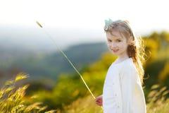 λατρευτό πορτρέτο κοριτ&sig Στοκ εικόνα με δικαίωμα ελεύθερης χρήσης