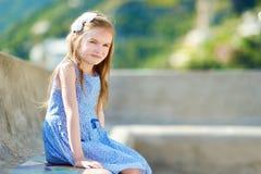 λατρευτό πορτρέτο κοριτ&sig Στοκ εικόνες με δικαίωμα ελεύθερης χρήσης