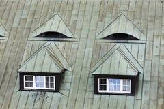 Αττικό παράθυρο Παράθυρο στεγών Στοκ εικόνες με δικαίωμα ελεύθερης χρήσης