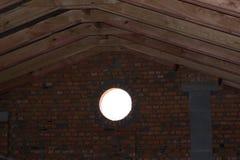 Αττικό δωμάτιο στο εξοχικό σπίτι Στοκ Φωτογραφία