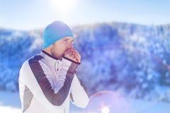 Ατόμων στη χειμερινή φύση Στοκ Εικόνες