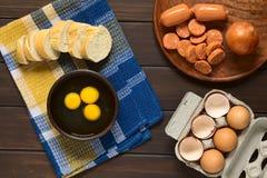 αυγά ακατέργαστα Στοκ εικόνες με δικαίωμα ελεύθερης χρήσης