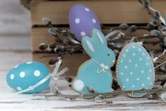 Αυγά και κουνέλι μπισκότων Πάσχας Στοκ Εικόνα