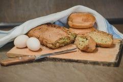 Αυγά και ψωμί Στοκ Φωτογραφία