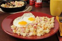 Αυγά και hash ζαμπόν - Browns Στοκ Εικόνα