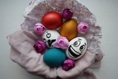 Αυγά με ένα χαριτωμένο πρόσωπο Στοκ Εικόνες