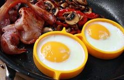 αυγά μπέϊκον Στοκ εικόνα με δικαίωμα ελεύθερης χρήσης