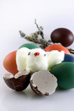 αυγά Πάσχας βαμβακιού κοτόπουλου Στοκ Φωτογραφίες
