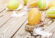 Αυγά Πάσχας και plumelets Στοκ φωτογραφίες με δικαίωμα ελεύθερης χρήσης