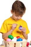αυγά Πάσχας παιδιών Στοκ Φωτογραφίες