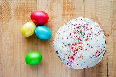 αυγά Πάσχας που χρωματίζο Στοκ εικόνες με δικαίωμα ελεύθερης χρήσης