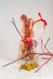Αυγά Πάσχας σε ένα βάζο γυαλιού Στοκ Φωτογραφίες