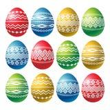 Αυγά Πάσχας χρώματος που απομονώνονται στο άσπρο υπόβαθρο Αυγά Πάσχας διακοπών που διακοσμούνται με τις γεωμετρικές μορφές Σχέδιο απεικόνιση αποθεμάτων