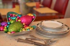 Αυγά Πάσχας Choclolate έτοιμα για μετά από το γεύμα Στοκ εικόνα με δικαίωμα ελεύθερης χρήσης