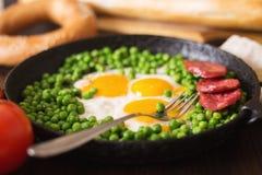 αυγά που τηγανίζονται στοκ εικόνα με δικαίωμα ελεύθερης χρήσης