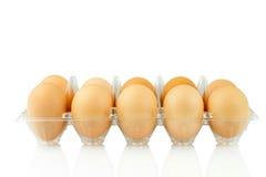 Αυγά στην πλαστική συσκευασία που απομονώνεται Στοκ Εικόνες