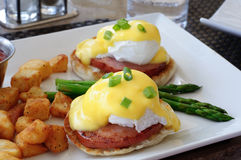 αυγά του Benedict Στοκ εικόνα με δικαίωμα ελεύθερης χρήσης