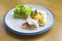 Αυγά Benedict Breakfast στοκ φωτογραφία με δικαίωμα ελεύθερης χρήσης