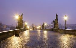 αυγή Πράγα Charles γεφυρών Στοκ φωτογραφία με δικαίωμα ελεύθερης χρήσης