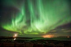 Αυγή Borealis πέρα από Gróttuviti Στοκ Εικόνα