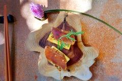 Αυγοτάραχα κεφάλων στο γαλλικό ψωμί στοκ φωτογραφία με δικαίωμα ελεύθερης χρήσης