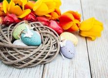 Αυγό Πάσχας σε μια φωλιά Στοκ Εικόνα