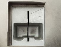 Αυλάκωση για να παρεμβάλει μια κάρτα, τράπεζα ή παρόμοιος στοκ εικόνες