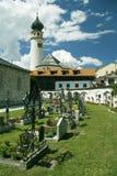 αυλή εκκλησιών νεκροτα&ph Στοκ φωτογραφίες με δικαίωμα ελεύθερης χρήσης